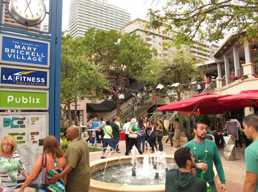Mary Brickell Village in Miami Compras em Miami confira as dicas